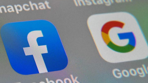 Facebook and Google phone apps Photo: Getty