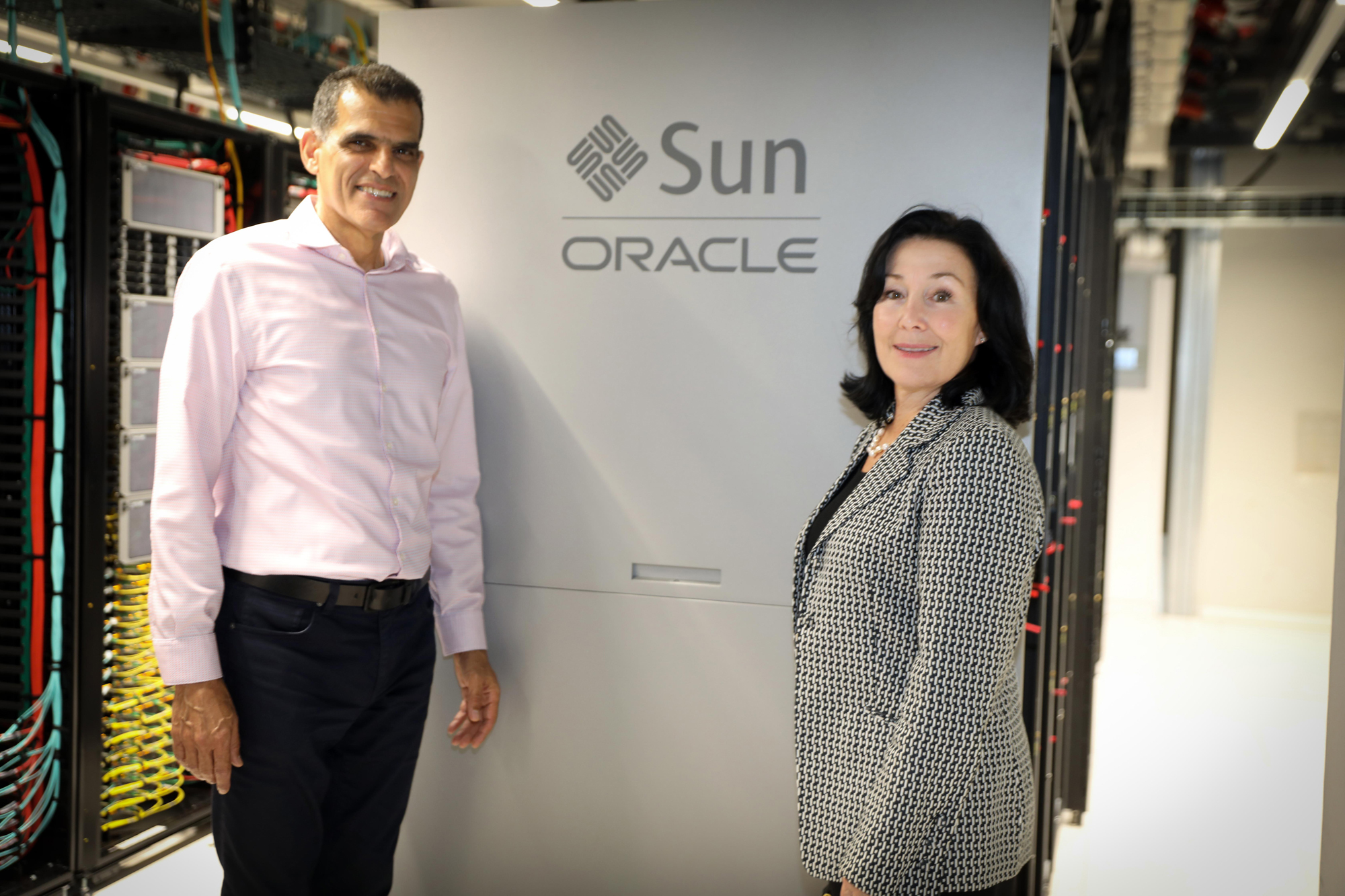 Oracle CEO Safra Catz (right) and Alon Ben Zur, CEO of Bynet Data Communication. Photo: Ezra Levy