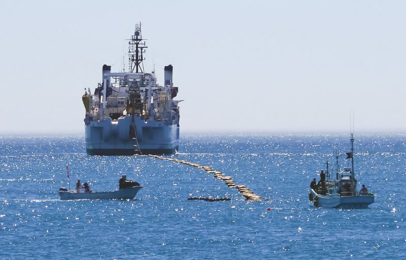 Laying a subsea cable. Photo: Google